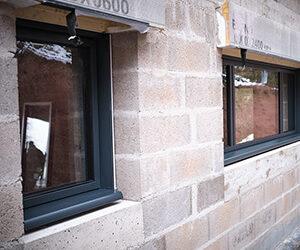Une entreprise de menuiserie spécialisée en pose de fenêtres à Gérardmer